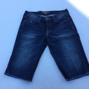 Lucky Brand Sweet N Low Bermuda Jean Shorts 4/ 27